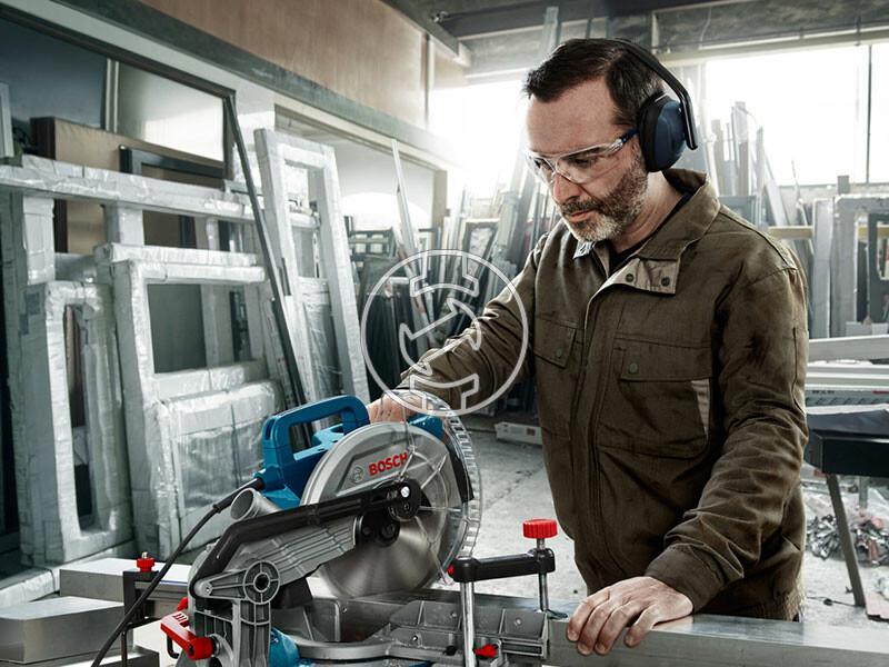 Bosch GCM 216 elektromos gérvágó