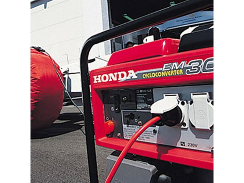 Honda EM 30 i